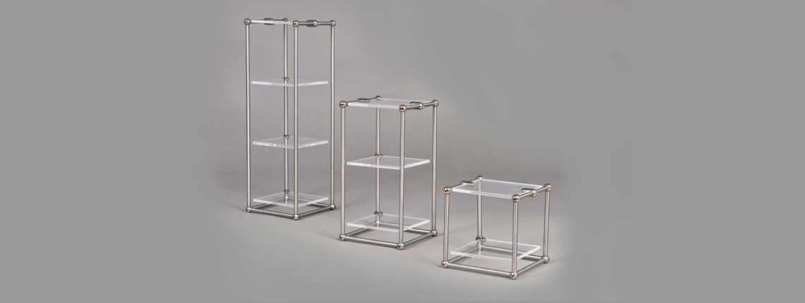espositori plexiglass diverse altezze